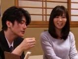 人妻の寝取られ無料jyukujyo動画。酔い潰れた夫の横で寝取られた人妻