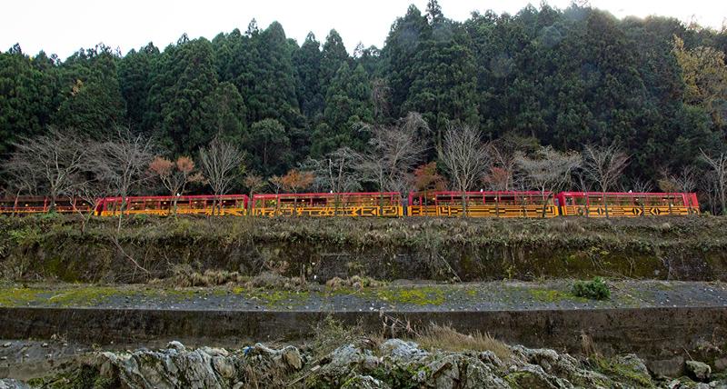 トロック列車