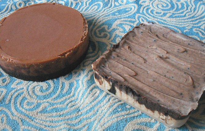 ティラミスとレアチーズチョコ