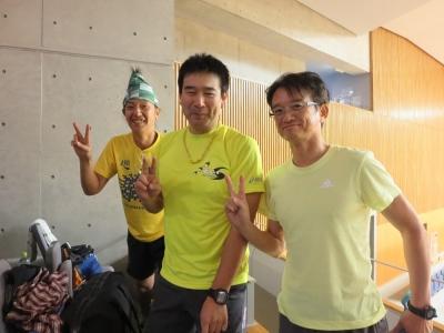 スタート前、S藤さん、シュワッチさんと一緒