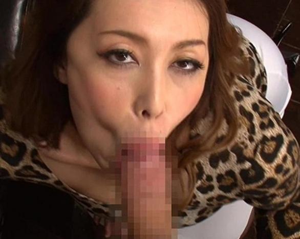 エロエロな熟女がムッチリパンスト美脚で着衣SEXの脚フェチDVD画像5