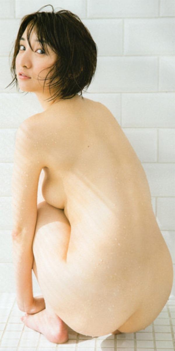 尾崎ナナ ヌード10