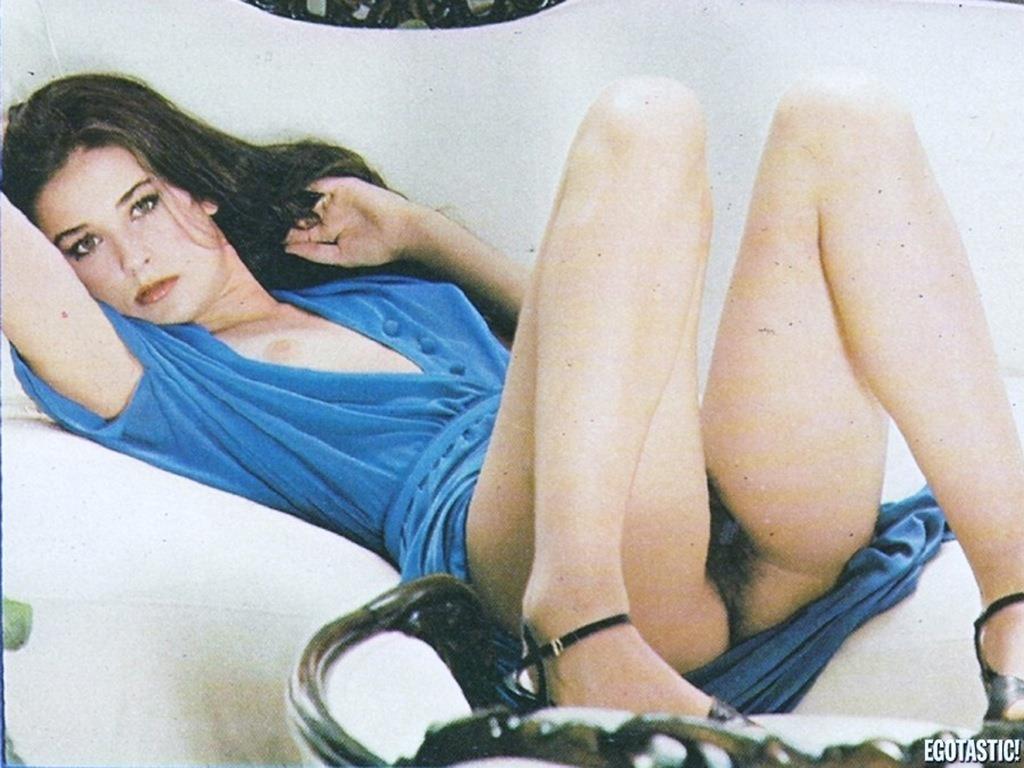 (デミ・ムーアの乳房が豊満)(乳輪・ぬーど)海外えろ写真35枚☆