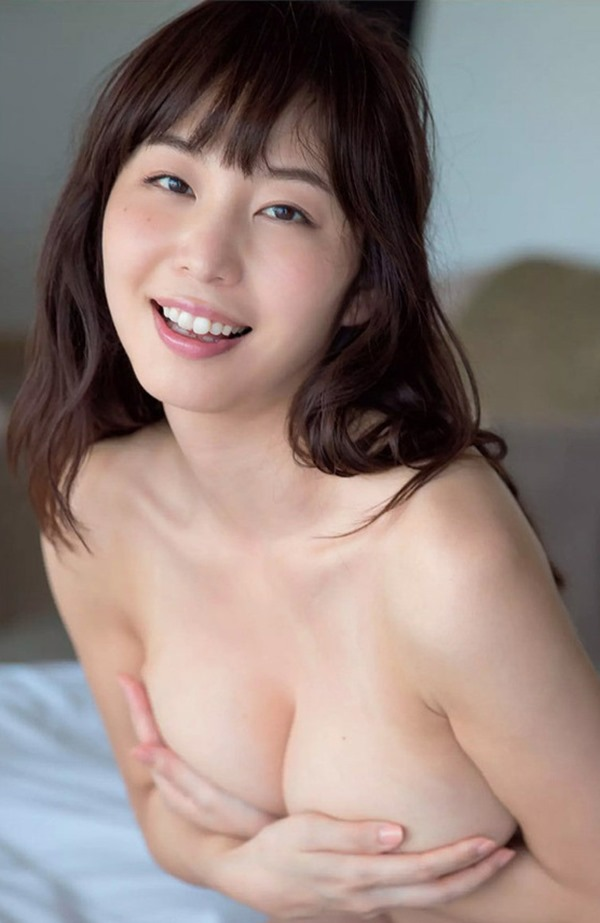 秋田が生んだ美人女子アナ塩地美澄(しおち みすみ)の着衣巨乳のテレビキャプ画像11