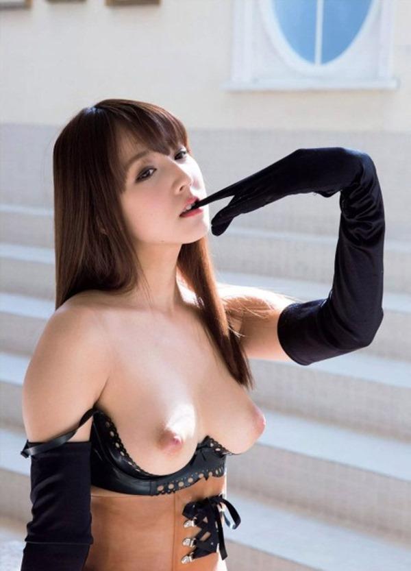 三上悠亜 ヌード12