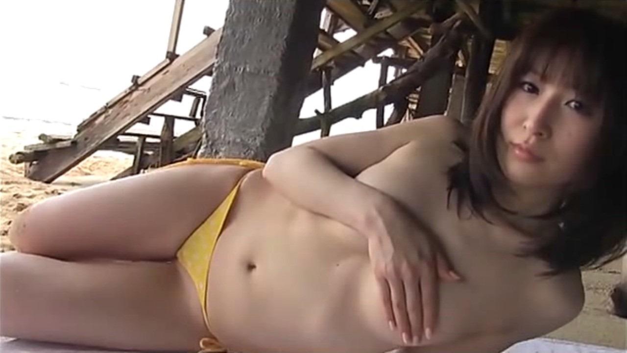 (おかもとまりぬーど写真)クッソえろい体の女芸人セミぬーど☆