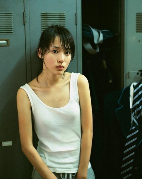 戸田恵梨香 水着17