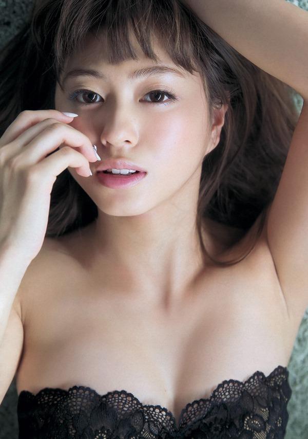 大川藍 グラビア19