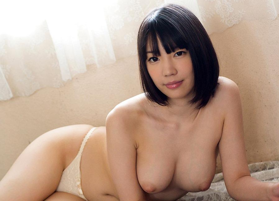 (鈴木心春(純白av女優) のぬーど写真)おっとり細身Fカップ美美巨乳お乳☆