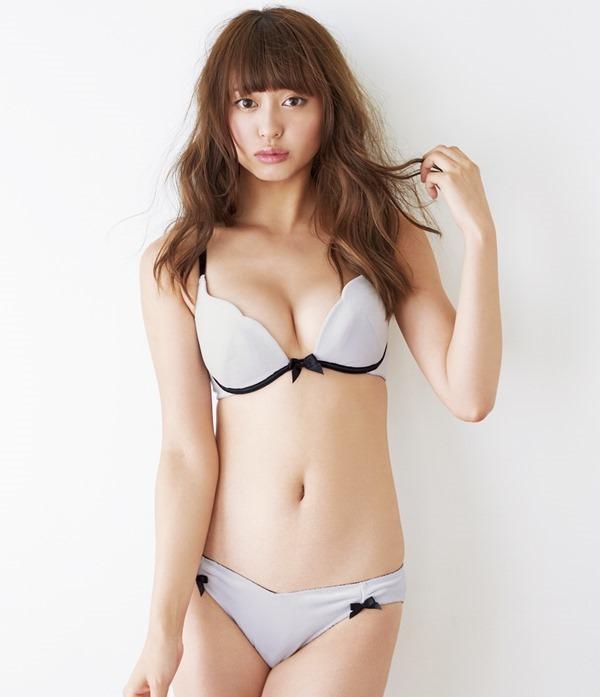 大川藍 グラビア23