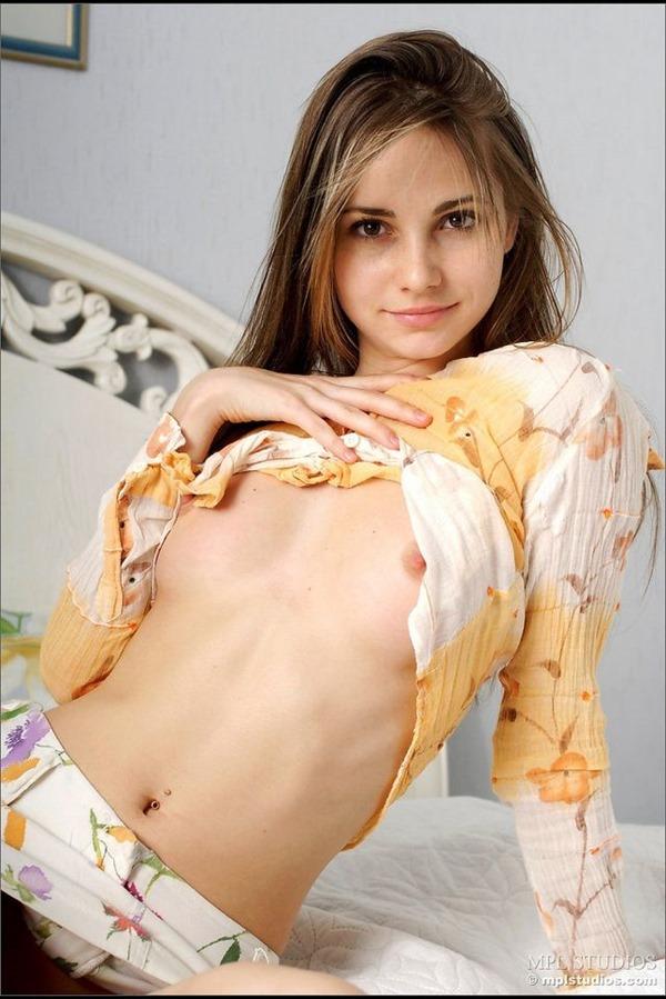 ロシア人 ヌード9
