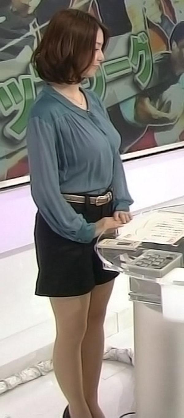 杉浦友紀アナのムッチムチ着衣エロ画像10