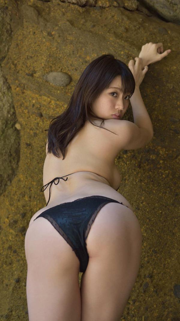 鈴木ふみ奈って今1番エロい体エロ画像17