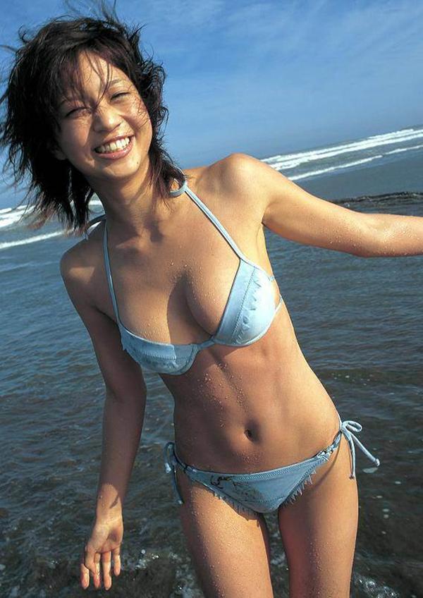 安田美沙子の美乳画像11
