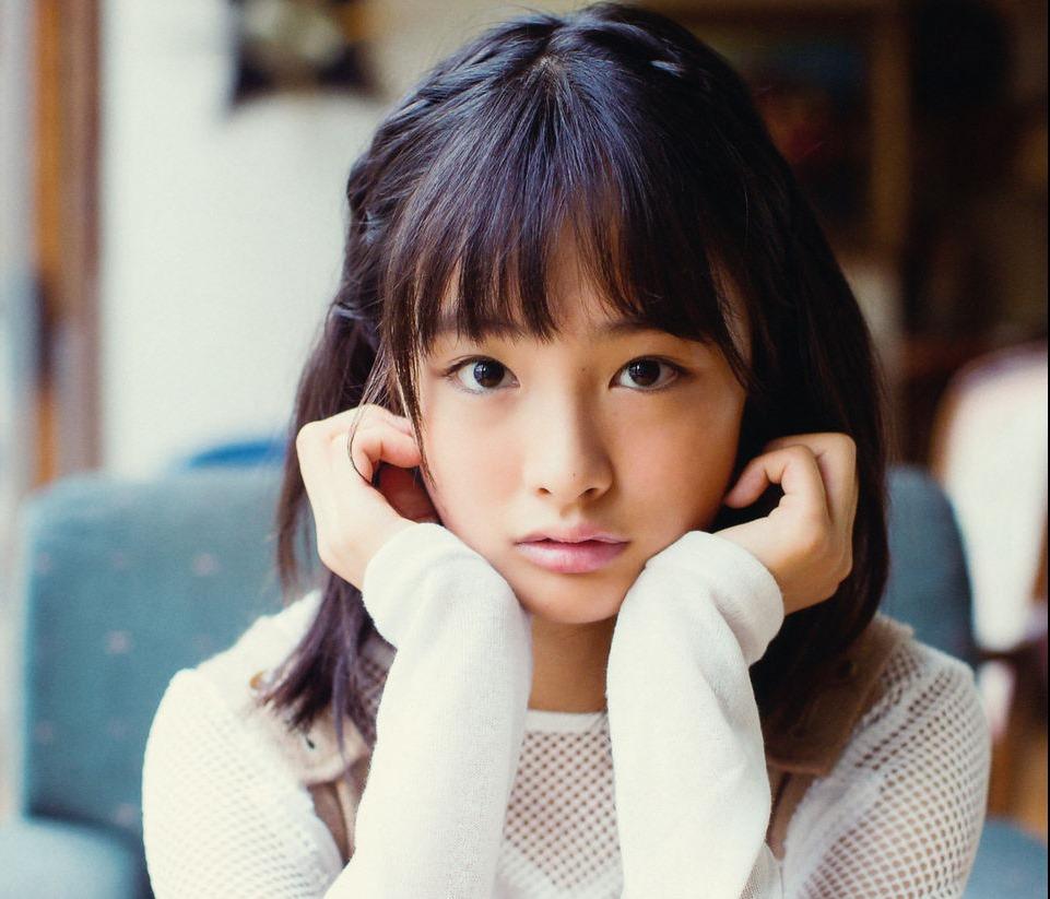 (スカッとジャパン出演の大友花恋)写真集のミズ着あり写真が好評☆