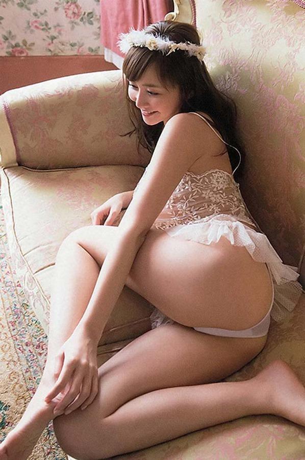 杉原杏璃のグラビア・チラ乳首セミヌード巨乳画像12