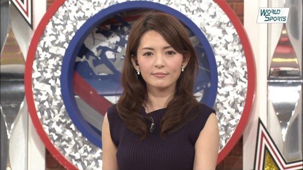深津瑠美アナの着衣巨乳エロ画像13