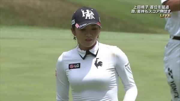 韓国出身のプロ女子ゴルファー、イ・ボミ選手のムチムチ着衣巨乳画像13