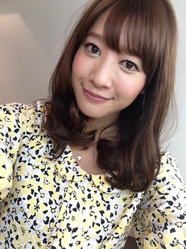 ムラムラする女子アナ吉田明代エロ画像14