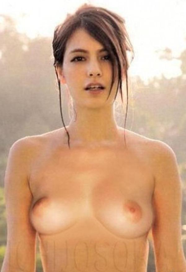 マギーの美乳おっぱいエロ画像14