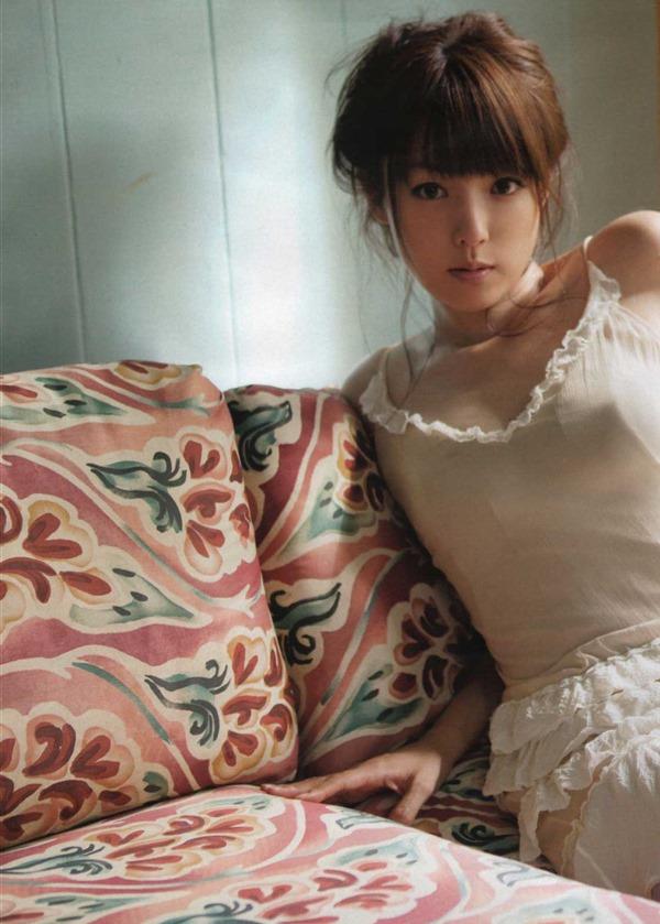 アラサー深田恭子の巨乳おっぱいエロ画像17