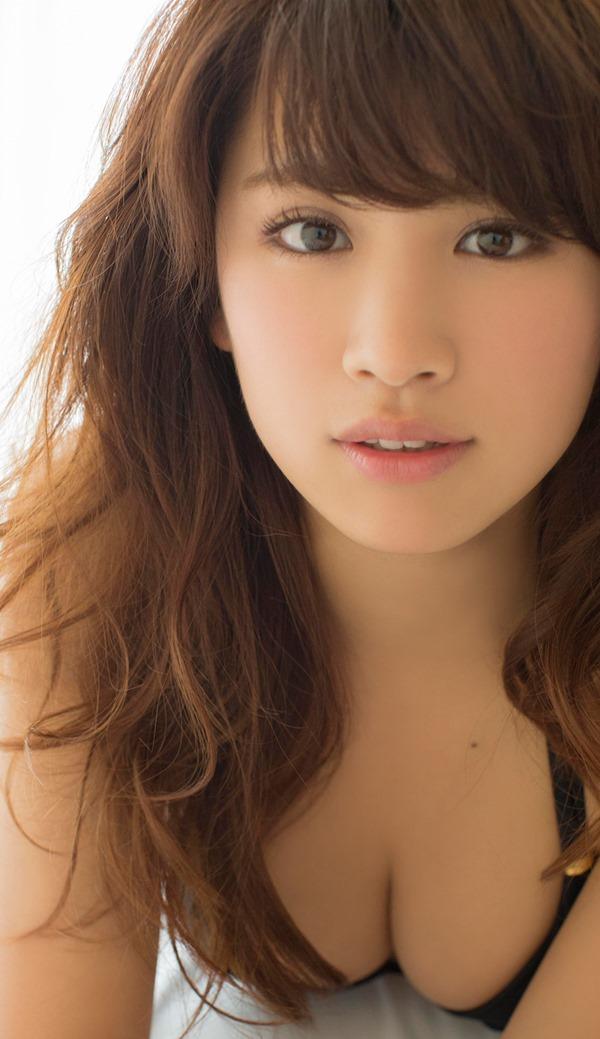 久松郁実のムッチムチ健康的エロ画像18