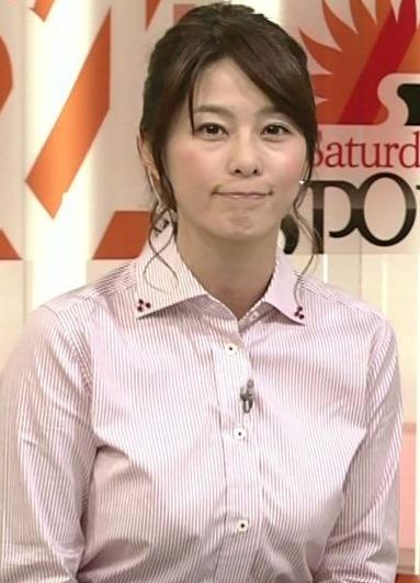 (NHKアナウンサー杉浦友紀アナ)(´∀`)大きな着衣美巨乳えろキャプ写真☆