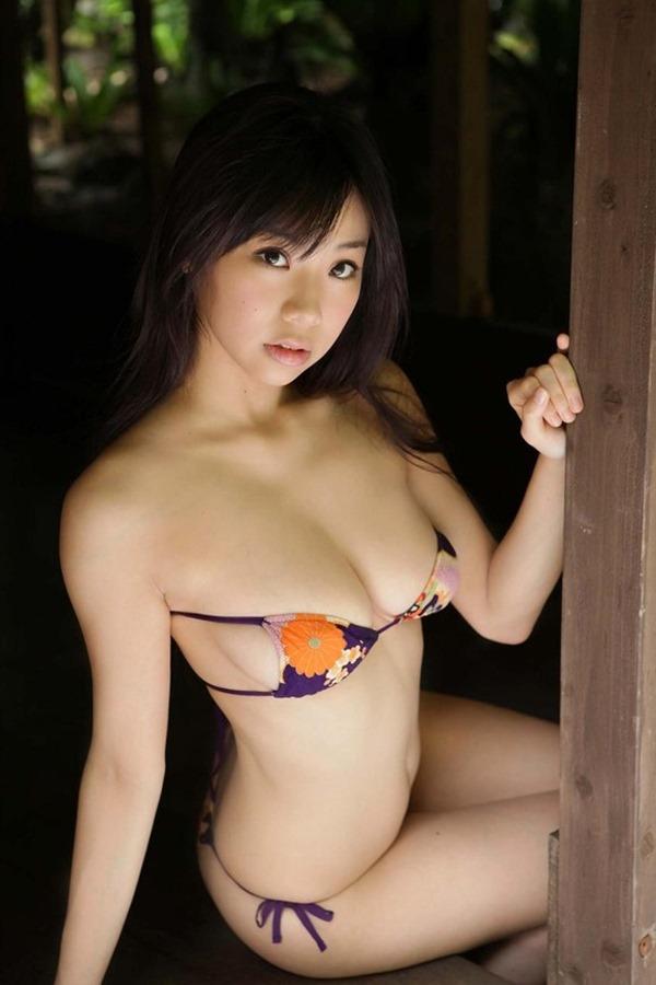 鈴木ふみ奈って今1番エロい体エロ画像9