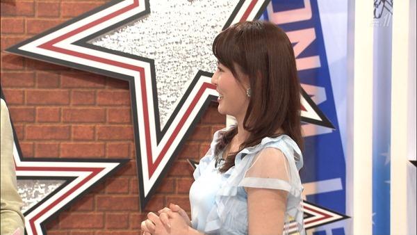 深津瑠美アナの着衣巨乳エロ画像19