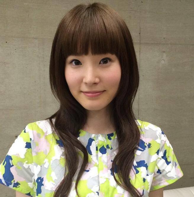 (べっぴんさん主演の蓮佛美沙子)松岡茉優似ドラマ転校生でイモウトBカップミズ着ナシでも魅力的☆