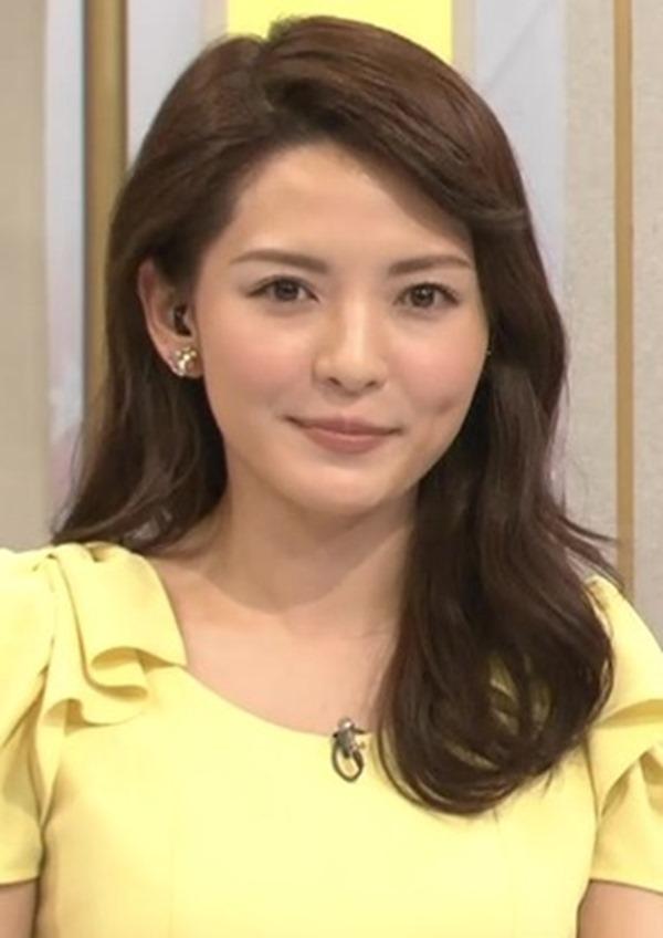 深津瑠美アナの着衣巨乳エロ画像20