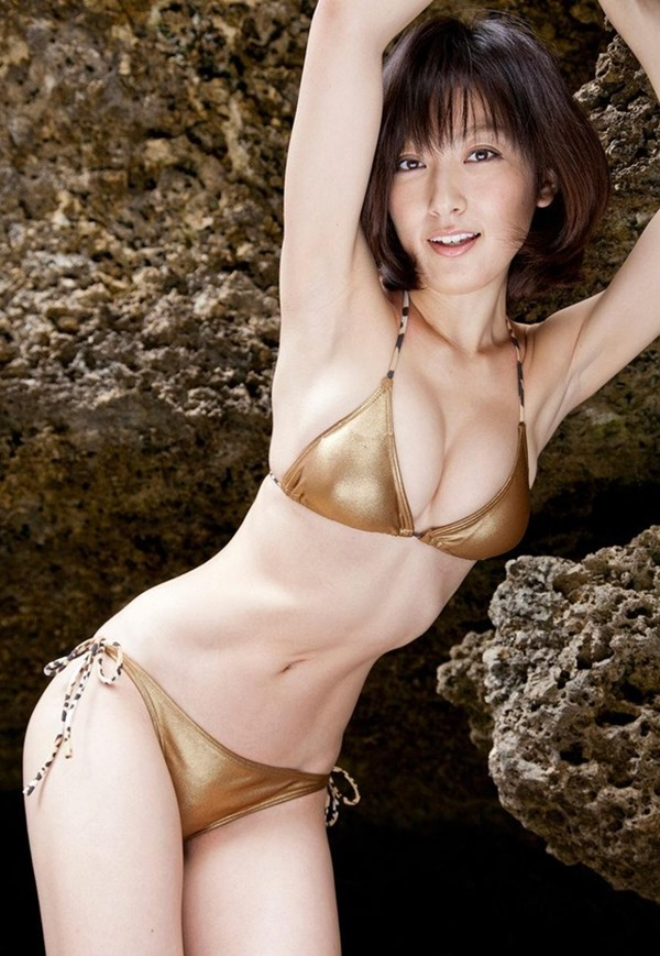 熊田曜子(34)が4年ぶりのグラビアDVDエロ画像4