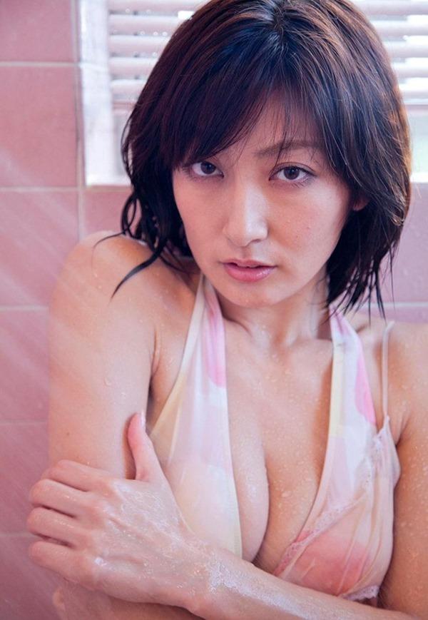 熊田曜子(34)が4年ぶりのグラビアDVDエロ画像6