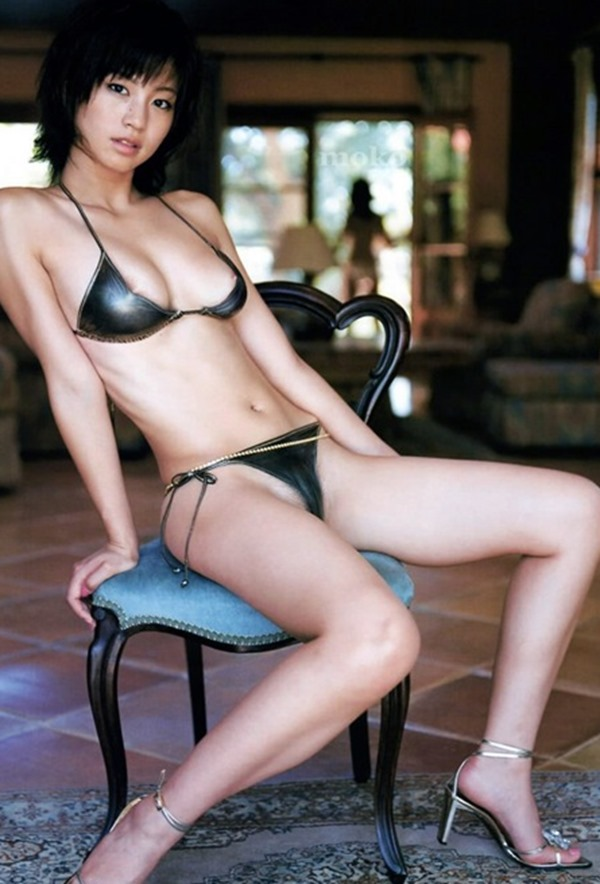 安田美沙子の美乳画像3