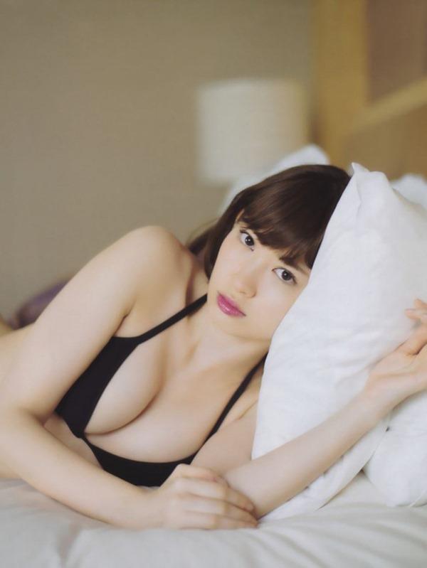 セクシー路線まっしぐら小嶋陽菜エロ画像3