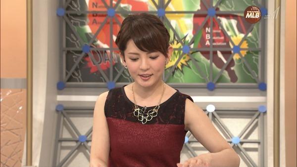 深津瑠美アナの着衣巨乳エロ画像3