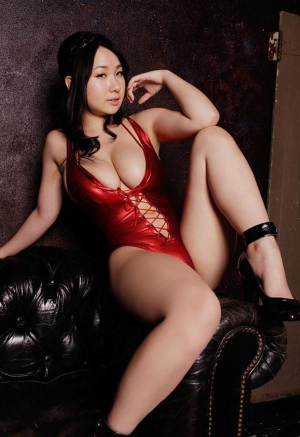 桐山瑠衣の巨乳おっぱいエロ画像66