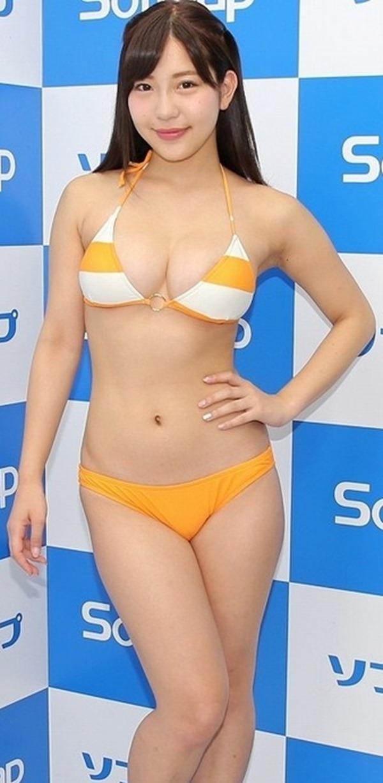 石原佑里子がテレビでどエロい着衣巨乳エロ画像9