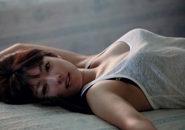 深田恭子グラビアエロ画像GIF5