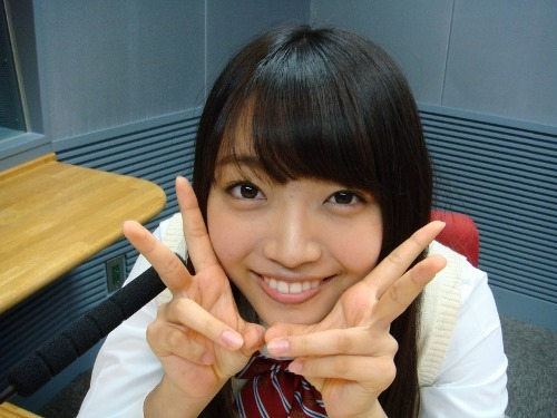 (SKE48二村春香(はるたむ)のキュートなミズ着写真)魚顔のモデルはSASUKEで活躍する神乳体ー☆