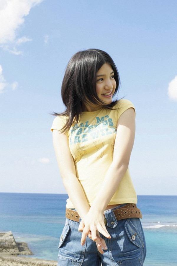 『ZIP!』新司会になった川島海荷のグラビア水着画像16