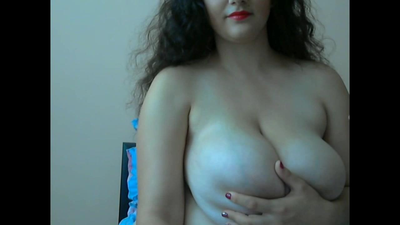 色白豊満美女!柔らかくてデカイ乳房がスケベすぎる!【お姉さん・美人】