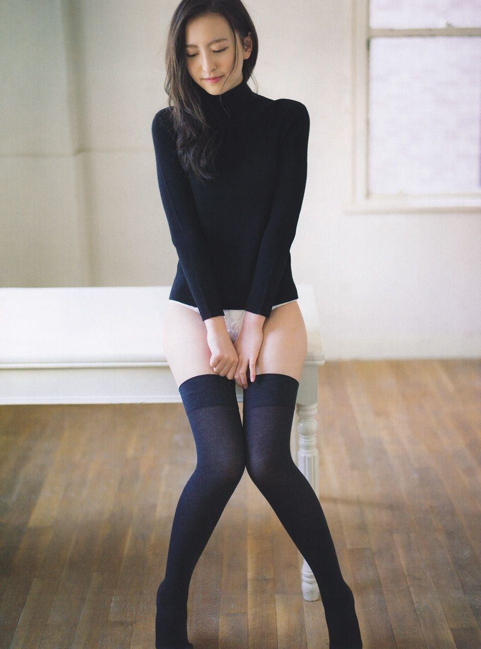 ニーハイ娘1