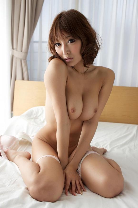 おっぱい 美乳16677.jpg