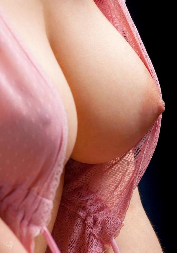 おっぱい 美乳18075.jpg