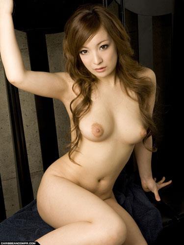 おっぱい 美乳18640.jpg
