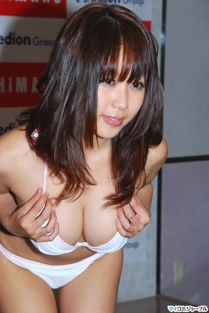 おっぱい 美乳18966.jpg