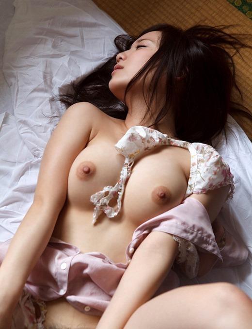 おっぱい 美乳20080.jpg
