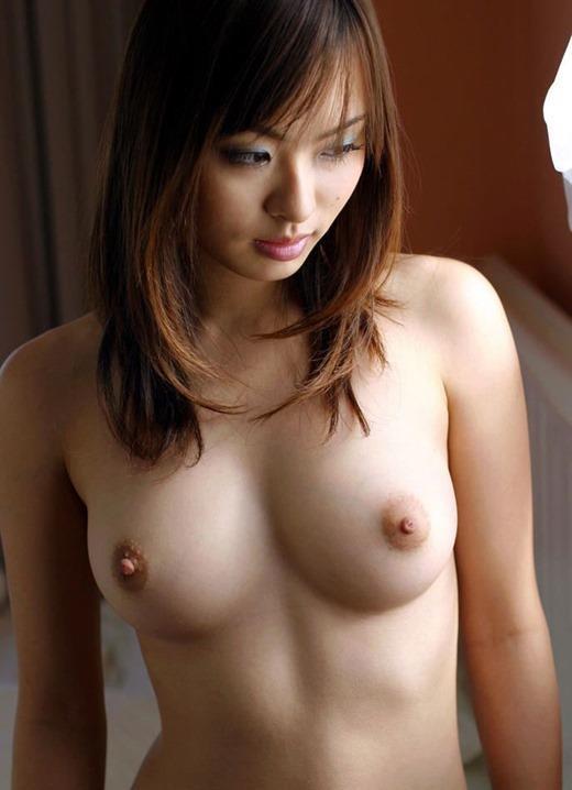 おっぱい 美乳20100.jpg