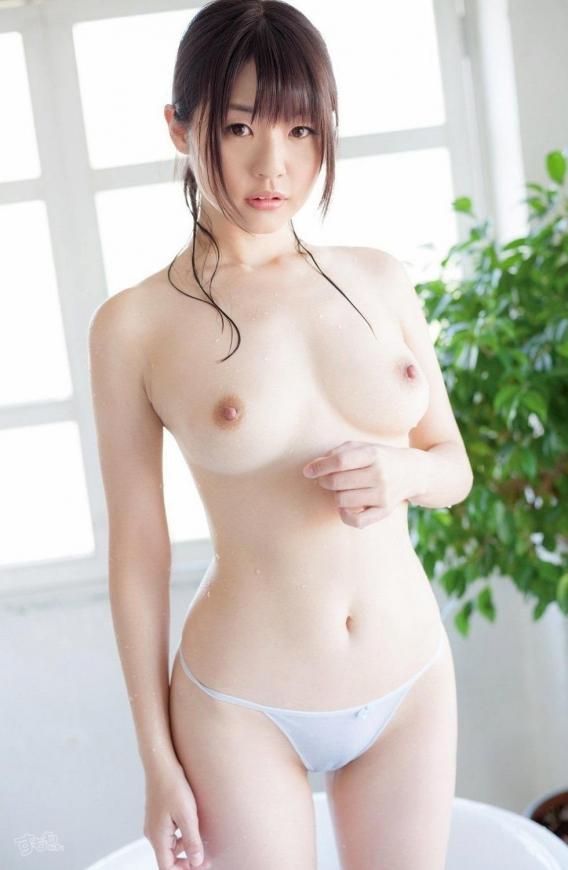 おっぱい 美乳20166.jpg